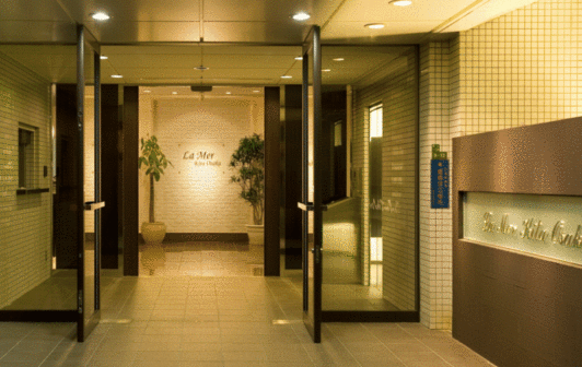 ラ・メール北大阪 家具付き 食事付き賃貸